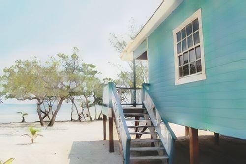 Belize-Coco Plum Cay-belize-coco-plum-island0-low.jpg