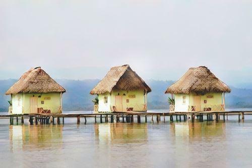 Panamá-Bocas del Toro-bocas-caracol0-low.jpg