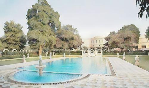 India-Jaipur-jaipur-sujan-rajmahal-palace0-low.jpg