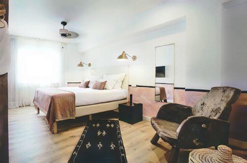 España-Ibiza-mikasa-boutique-hotel-ibiza0-low.jpg