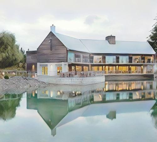 Nueva Zelanda-Mt Cook-mt-cook-peppers-bluewater-resort0-low.jpg