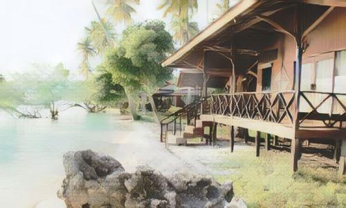 Indonesia-Maratua-nanukan-island-resort-maratua-island0-low.jpg