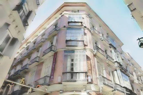 España-Malaga-petit-palace-plaza-malaga0-low.jpg
