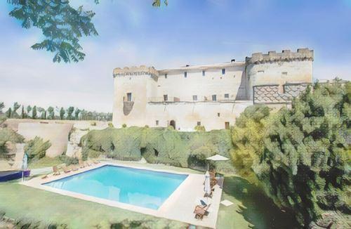 España-Salamanca-salamanca-castillo-del-buen-amor0-low.jpg