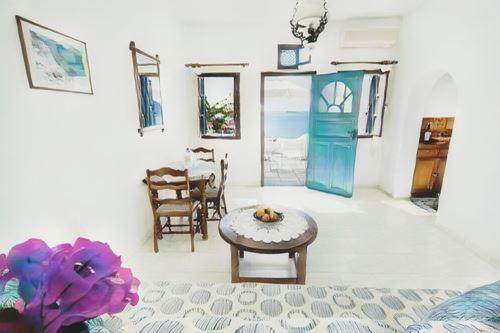 Grecia-Santorini-santorini-nikos-villas0-low.jpg