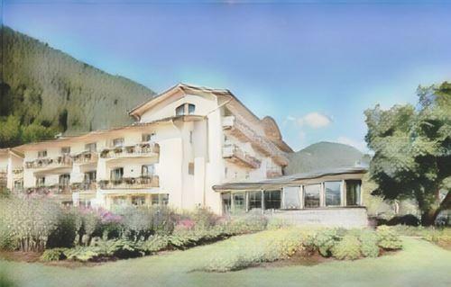 Austria-Austria-strand-hotel-am-weissensee-austria-general0-low.jpg