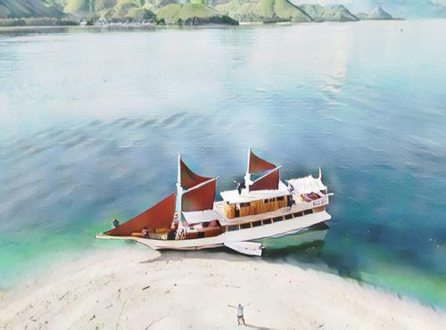 Indonesia-tunggadewi-phinisi0-low.jpg